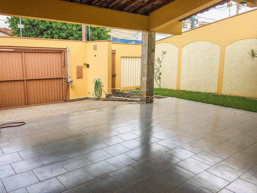 Garagem (Vista 2)