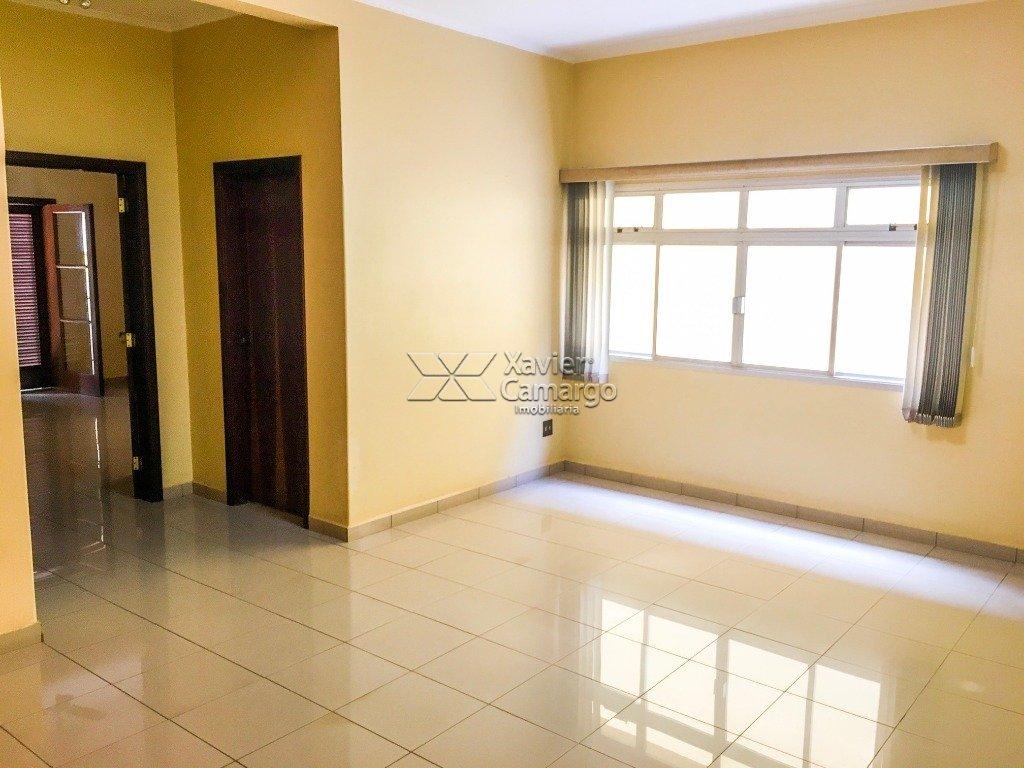 Sala de Estar (Vista 2)