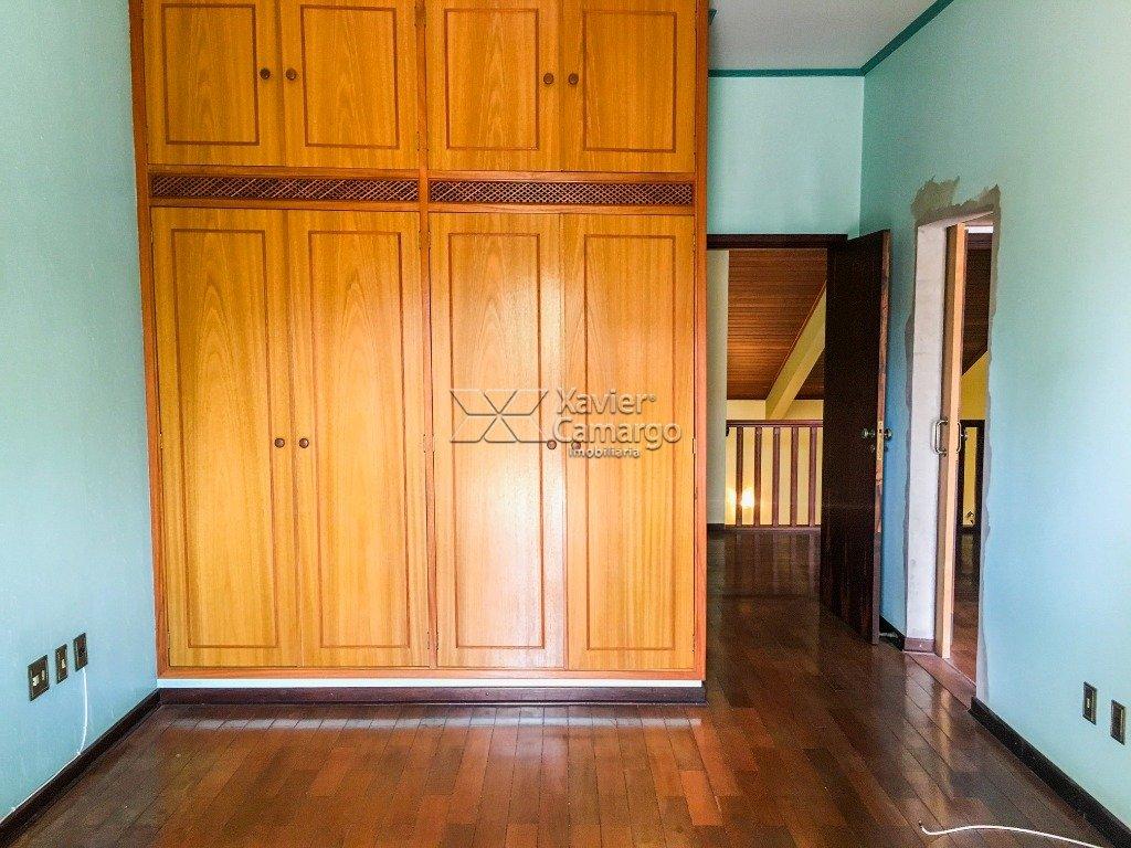 Dormitório 2 (suíte superior)
