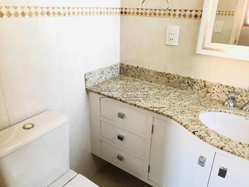Banheiro 2ª Suíte (Vista I)