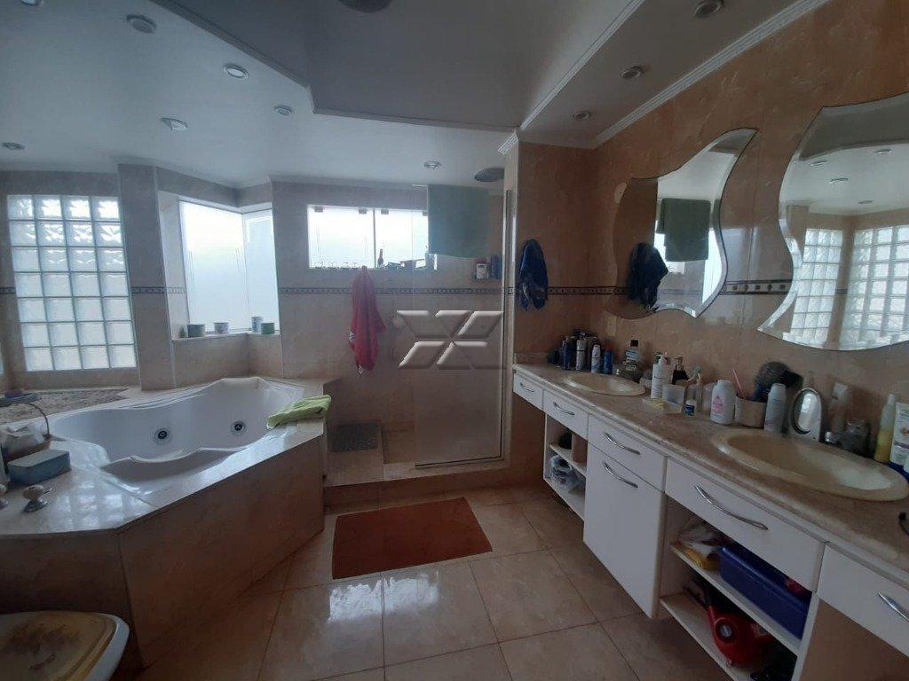 Banheiro suíte IV